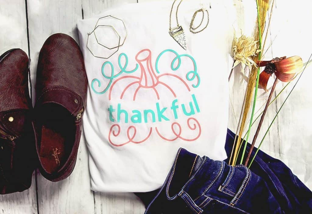 Crafting up a Thankful Pumpkin Tutorial by With a Splash of Color