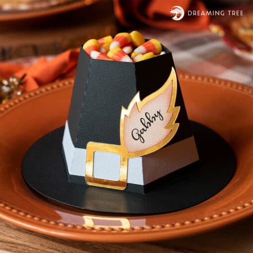 This Pilgrim Hat Treat and Place Set created by Dreaming Tree would be a perfect way to dress up that Thanksgiving dinner table for your guest! Nothing is more festive than this Pilgrim hat and place Set for your table this Thanksgiving.